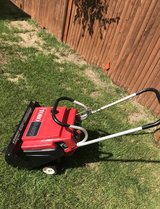 Toro S 200 Snow Thrower in St. Charles, Illinois