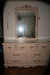 Girls Bedroom set in Alamogordo, New Mexico