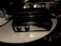 Wolfgang Puck 6-in-1 Reversible Contact Grill and Griddle in Naperville, Illinois