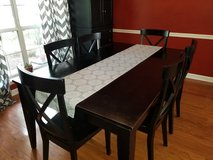 Dining table in Beaufort, South Carolina
