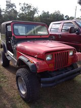 Jeep YJ Hood, fenders, grill, windscreen (all RED) in Byron, Georgia
