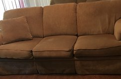 Couch very good condition in Perry, Georgia