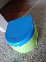 Potty chair - by Summer in Plainfield, Illinois