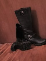 leather boots size 8 in Fort Leonard Wood, Missouri