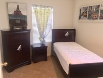 Twin Ashley Bedroom Set 5pc in Vacaville, California
