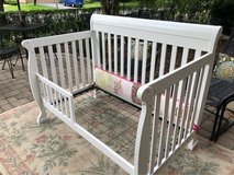 : ) White Wood Toddler Bed >>>Very Nice!! in Chicago, Illinois