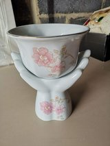plant pot with stand in Lakenheath, UK