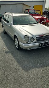 Automatic Mercedes 320 TE Station Wagon 98 very nice in Baumholder, GE