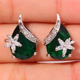 New - Green Emerald Quartz and Flower White Topaz Stud Earrings in Alamogordo, New Mexico