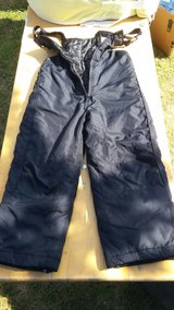 Boys Snowpants - Size 5/6 in bookoo, US