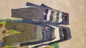 BOYS 5T PANTS LOT in Perry, Georgia