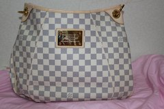 ***BRAND NEW BEAUTIFUL BAG  LOUIS VUITTON GALLIERA PM DAMIER AZUR*** in Okinawa, Japan
