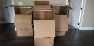 Tall wardrobe moving boxes in Fort Campbell, Kentucky
