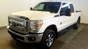 2016 FORD F-350 LARIAT SRW 6.7L POWERSTROKE - 41,731 MILES in Silverdale, Washington