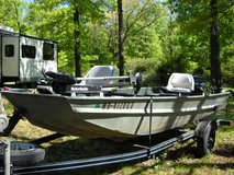 15ft jon boat in Fort Leonard Wood, Missouri