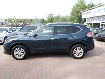 US Spec 2015 Nissan Rogue SV with Warranty ! Choice of 3 !! in Spangdahlem, Germany