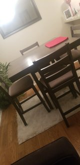 Dining set gray in Baytown, Texas