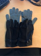 Leather Gloves with inserts in Ramstein, Germany