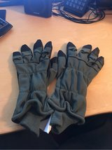 Cold Weather Flyers Gloves in Ramstein, Germany