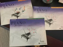 Beginning piano lesson books in Clarksville, Tennessee