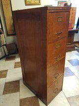 Antique Oak 4 Drawer File Cabinet in Fort Leonard Wood, Missouri