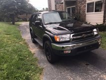 1999 Toyota 4Runner SR5 4wd in Bartlett, Illinois