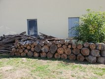 Dry wood for fireplace in Wiesbaden, GE