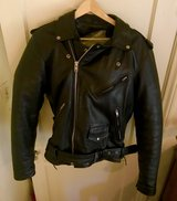 Mens Thinsulate Leather Motorcycle Jacket w/ 70 gram Zip out Liner size 44 like new (compare at ... in Yucca Valley, California
