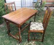 Antique Library Table & Chairs in Alamogordo, New Mexico