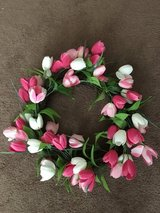 Tulip wreath in Alamogordo, New Mexico