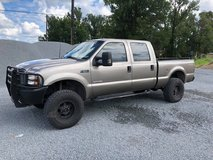 2004 Ford F250 Super Duty XL 4x4 in Leesville, Louisiana