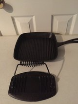 "9 1/2"" Cast Iron Grill Pan & Press in Eglin AFB, Florida"