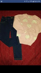 Place Girls outfit sets in Fort Campbell, Kentucky