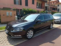 VW Passat, european specs: Family friendly, large capacity in a very good shape in Vicenza, Italy