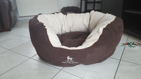 dog bed brand new knuffelwuff in Wiesbaden, GE