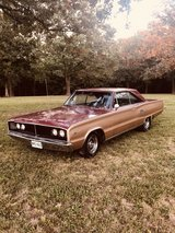 1966 Coronet 500 in Fort Leonard Wood, Missouri