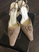 Colin Stuart Suede Sling Back Pumps (8) in Fort Campbell, Kentucky