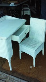 Vintage Wicker desk and chair in Fort Knox, Kentucky