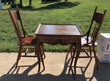 All wood table and chairs in Fort Leonard Wood, Missouri