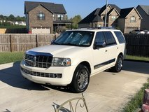 Pearl 2007 Lincoln Navigator Luxury 4WD in Fort Campbell, Kentucky