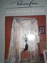 3 Sheer Palm Tree Pocket Rod Panels in Fort Belvoir, Virginia