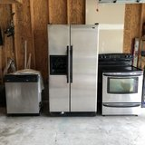 Kenmore Kitchen Appliances (suite of four-includes range hood, not shown in pictures in Fort Meade, Maryland