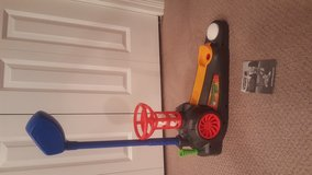 Fisher-Price Tornado Tee Golf in Bartlett, Illinois
