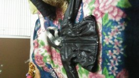 Coat black w/fur trim size 6 in Fort Campbell, Kentucky