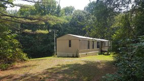 1985 Mobile Home on .84 acre in Dover, Tennessee