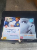 Pregnancy books  (GERMAN) in Clarksville, Tennessee