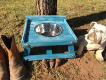 Single Elevated Dog Bowl Feeder in Alamogordo, New Mexico