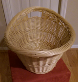 Wicker Basket-L Beautiful in Kingwood, Texas