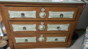 chabby chic wood dresser in Fort Leavenworth, Kansas