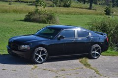 2007 Dodge Charger in Fort Leonard Wood, Missouri